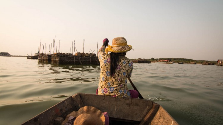空邦鲁 与 越南浮村的比较