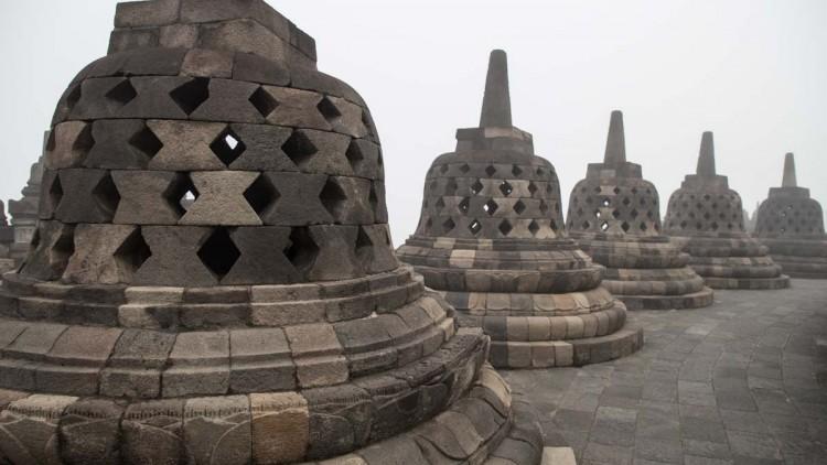 婆羅浮屠 (Borobudur)